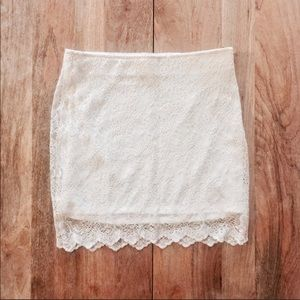Zara lace mini skirt